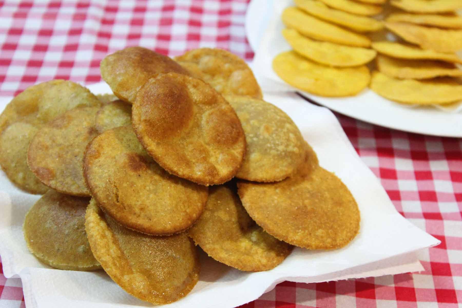 Asturian corn flour tortos