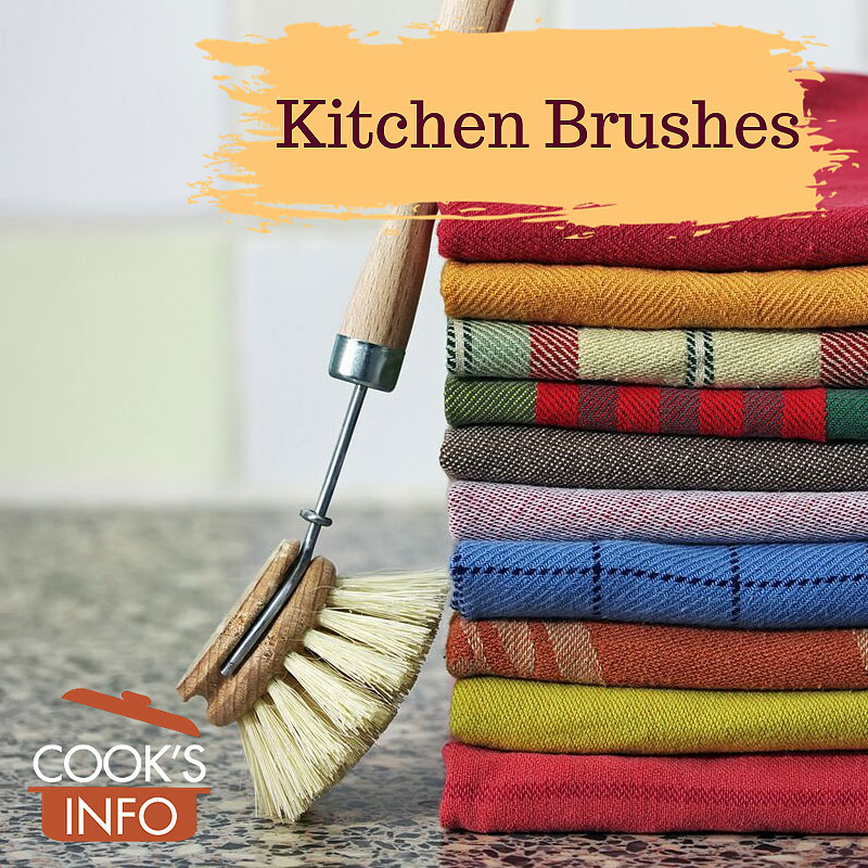 Washing-up brush with tea towels