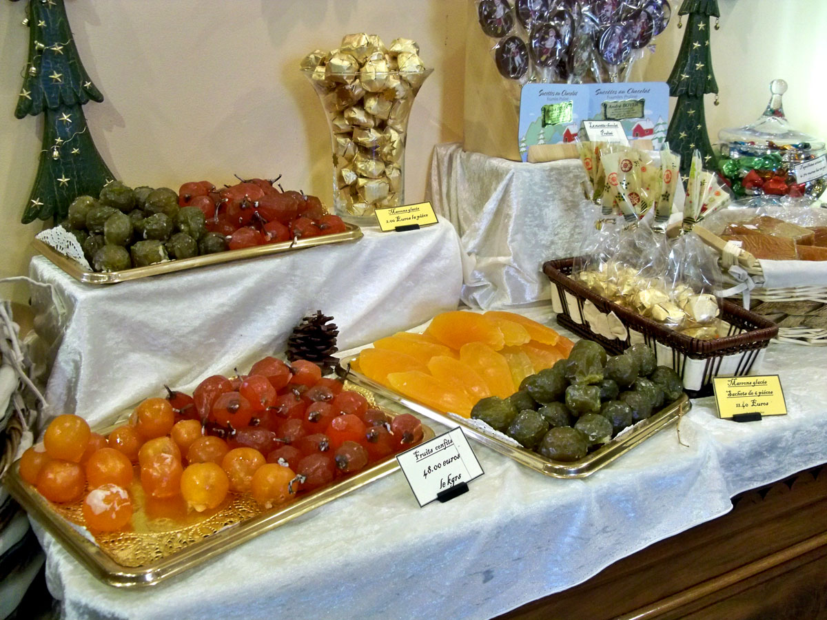 Candied fruit in the Boyer à Sault store in Vauluse, France