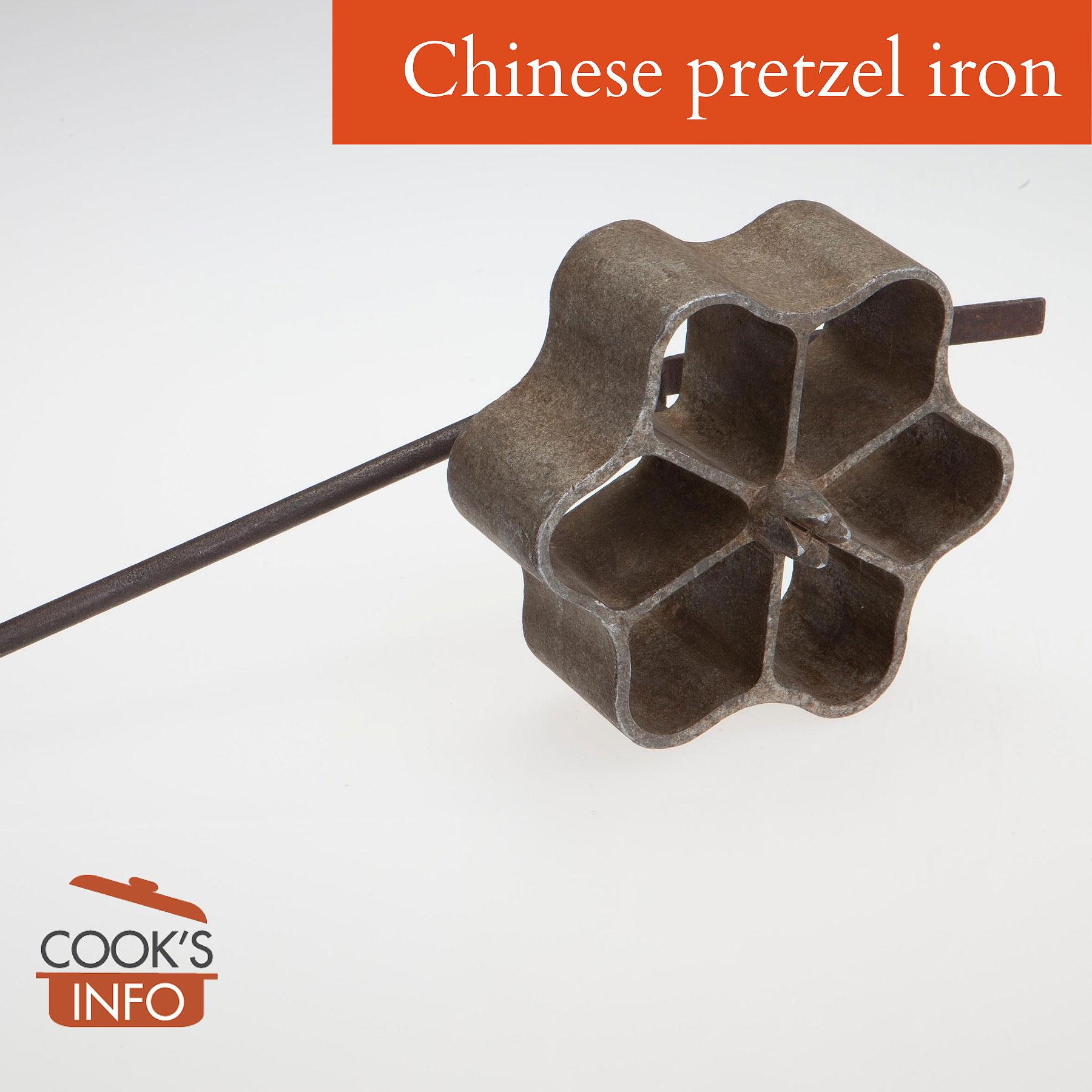 Cast aluminum pastry iron