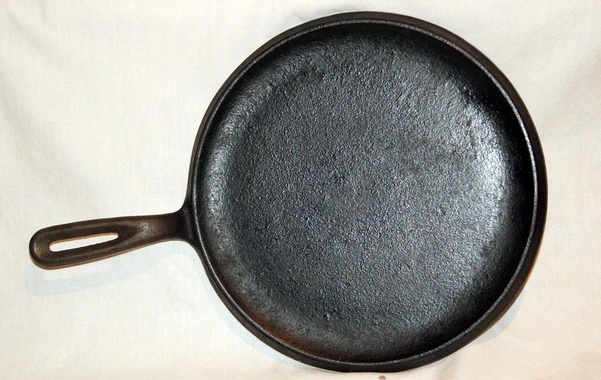Cast iron comal