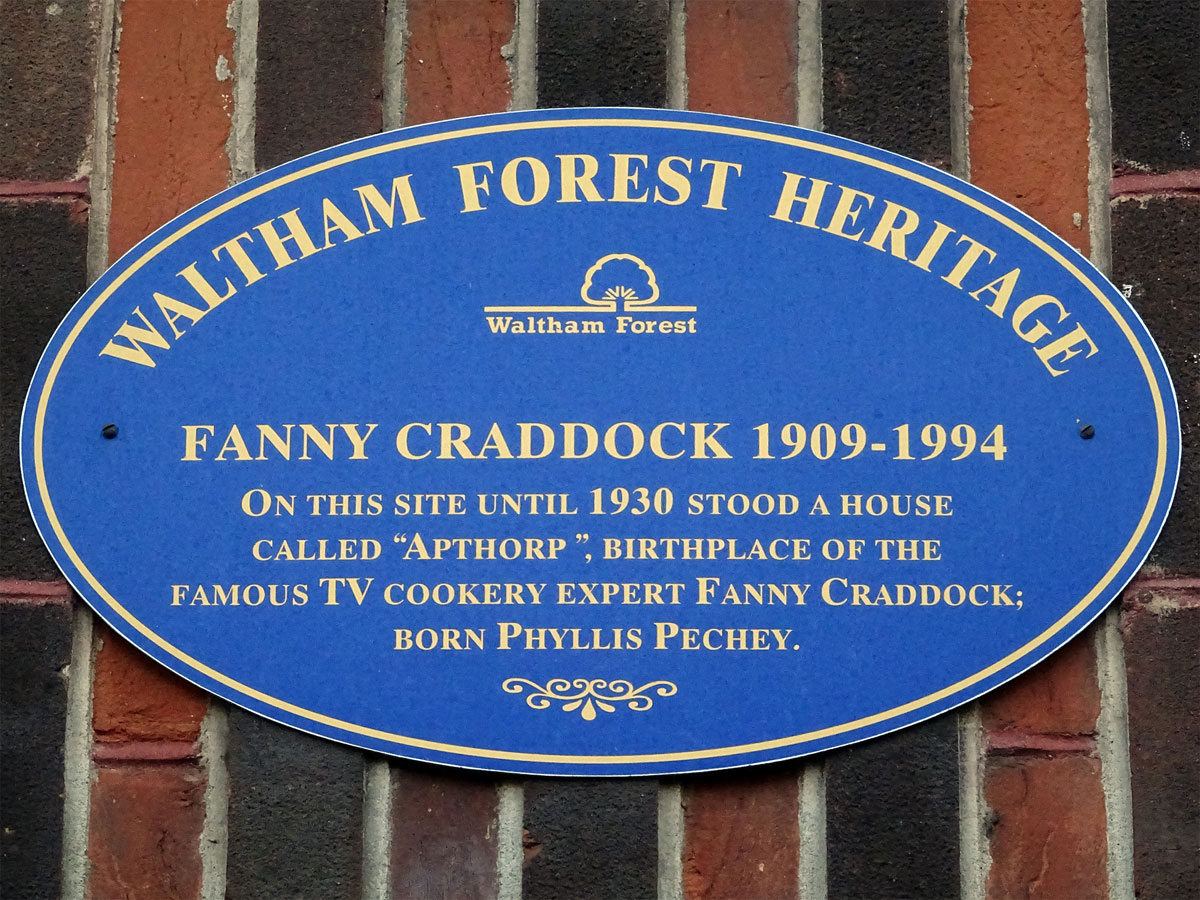 Fanny Cradock birthplace plaque