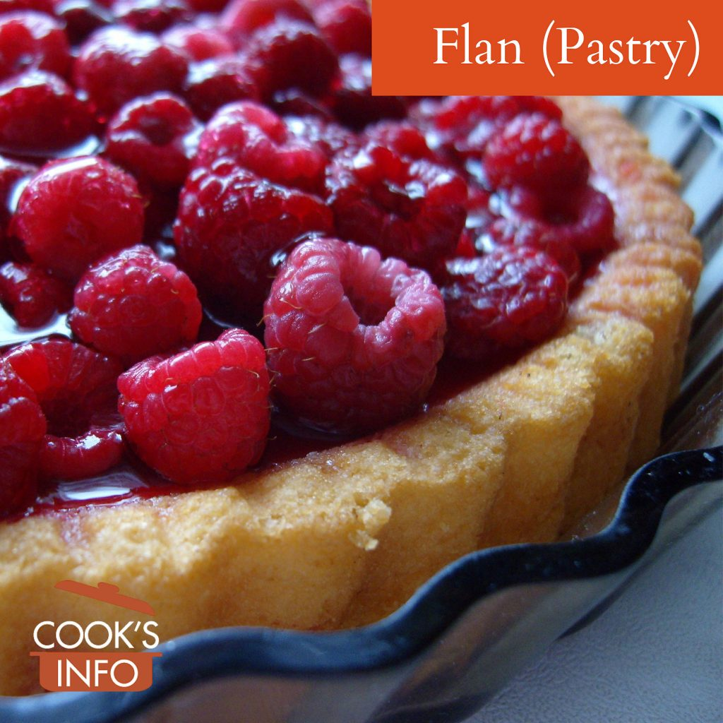 Raspberry flan with cake base