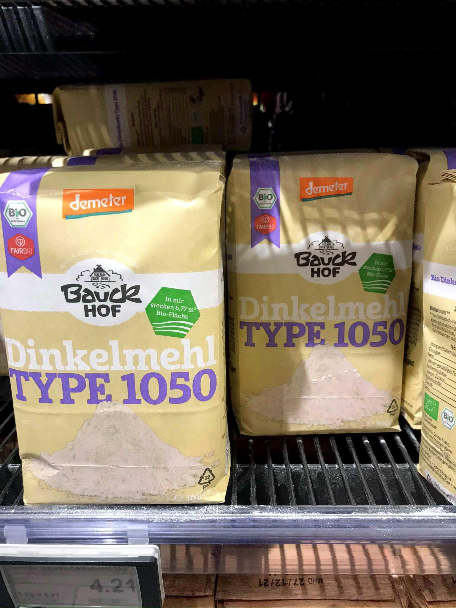 German spelt flour / Dinkelmehl type 1050