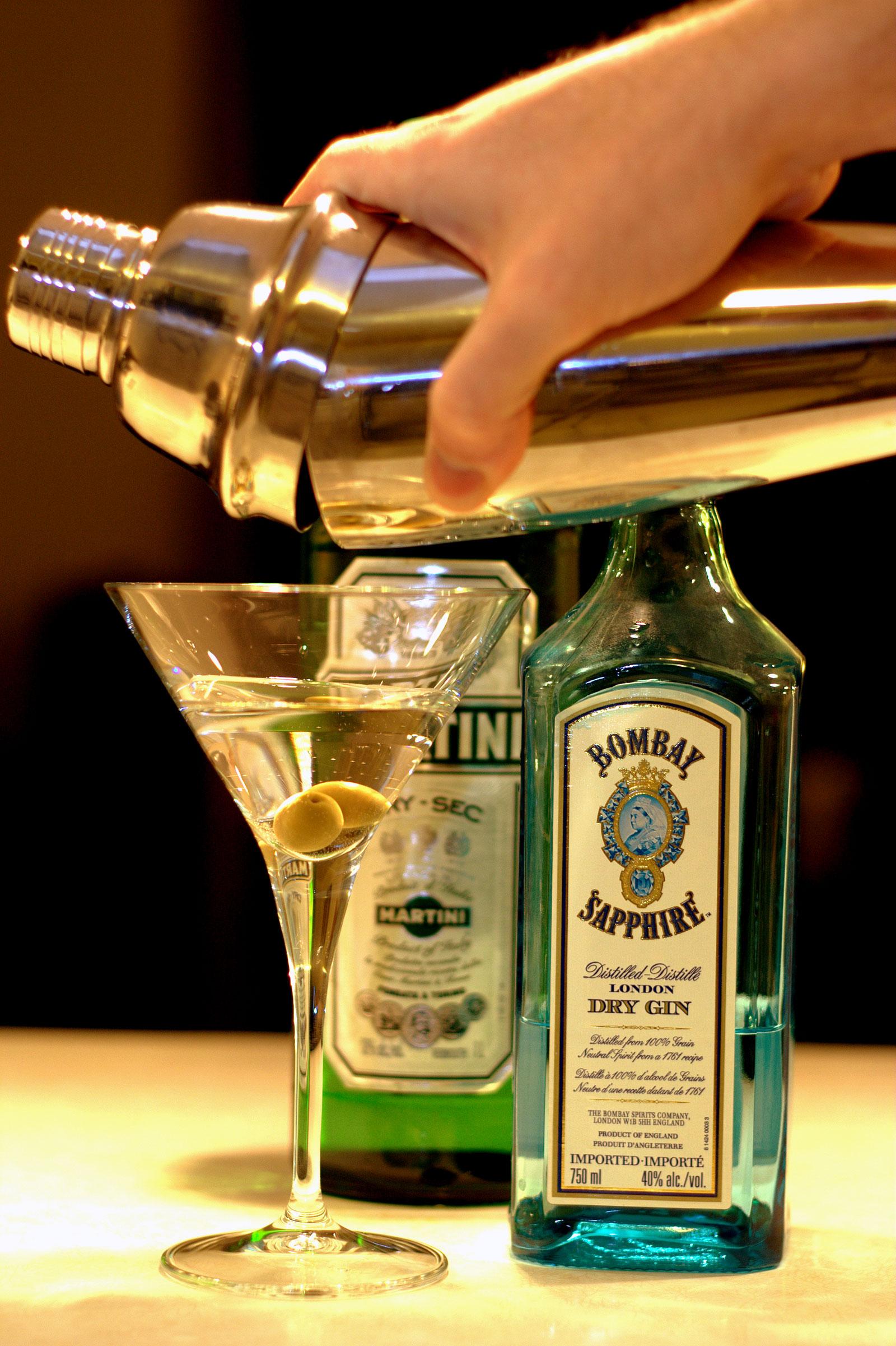 Shaken martini
