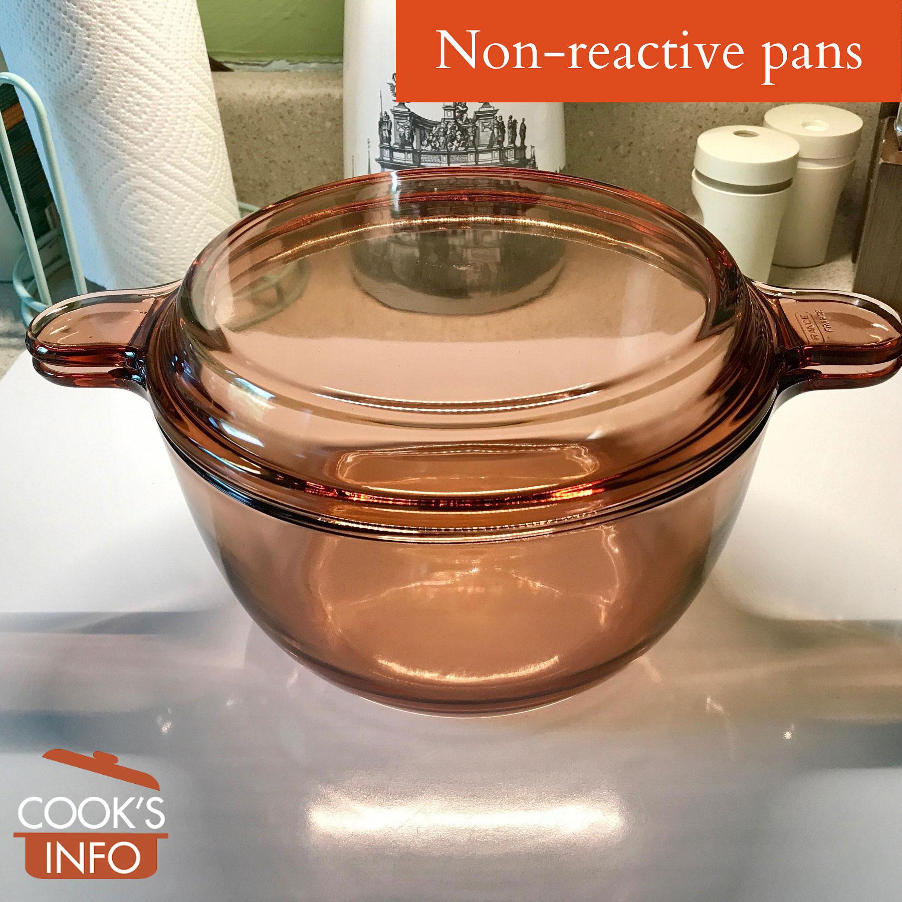Non-reactive Corning pan