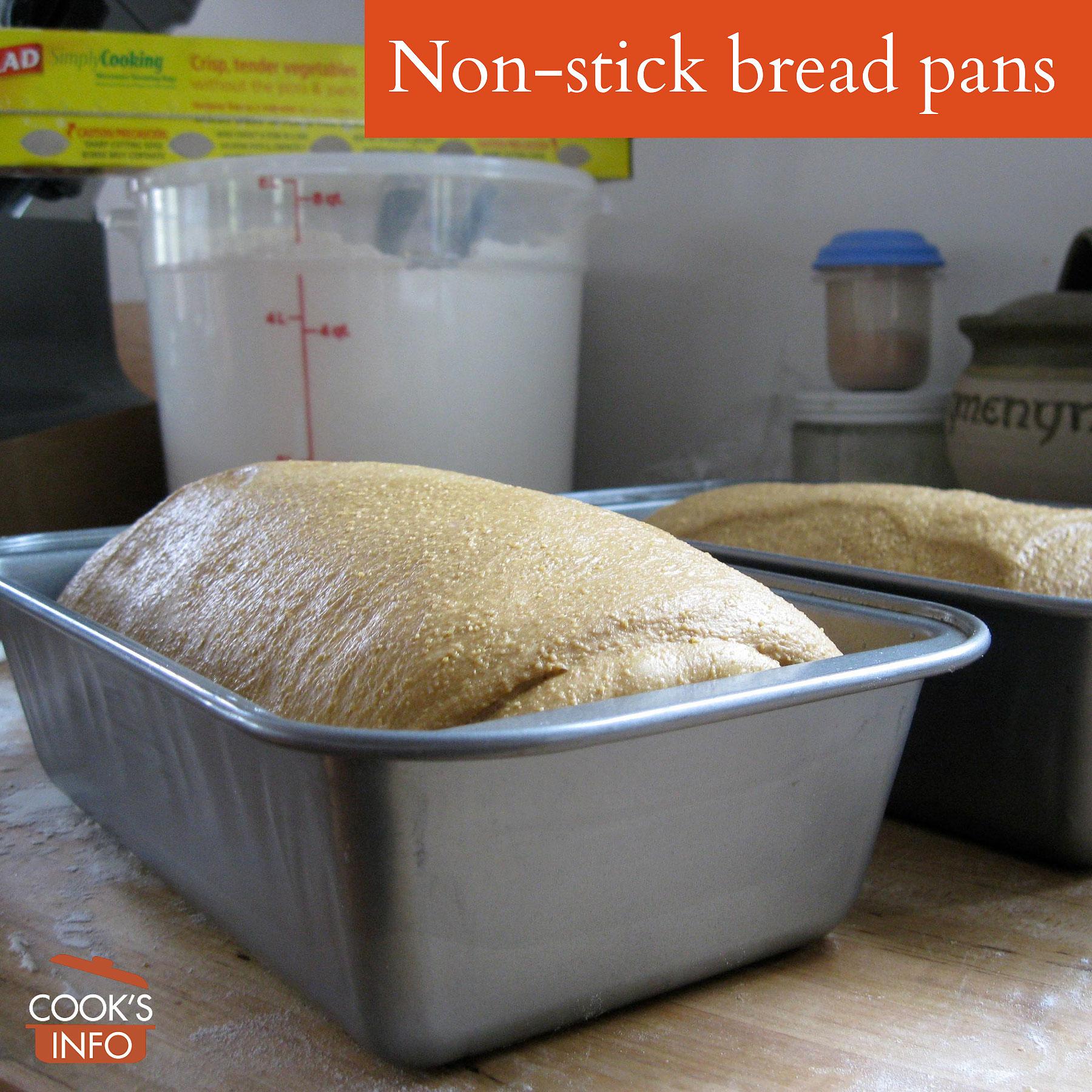 Non-stick bread pans