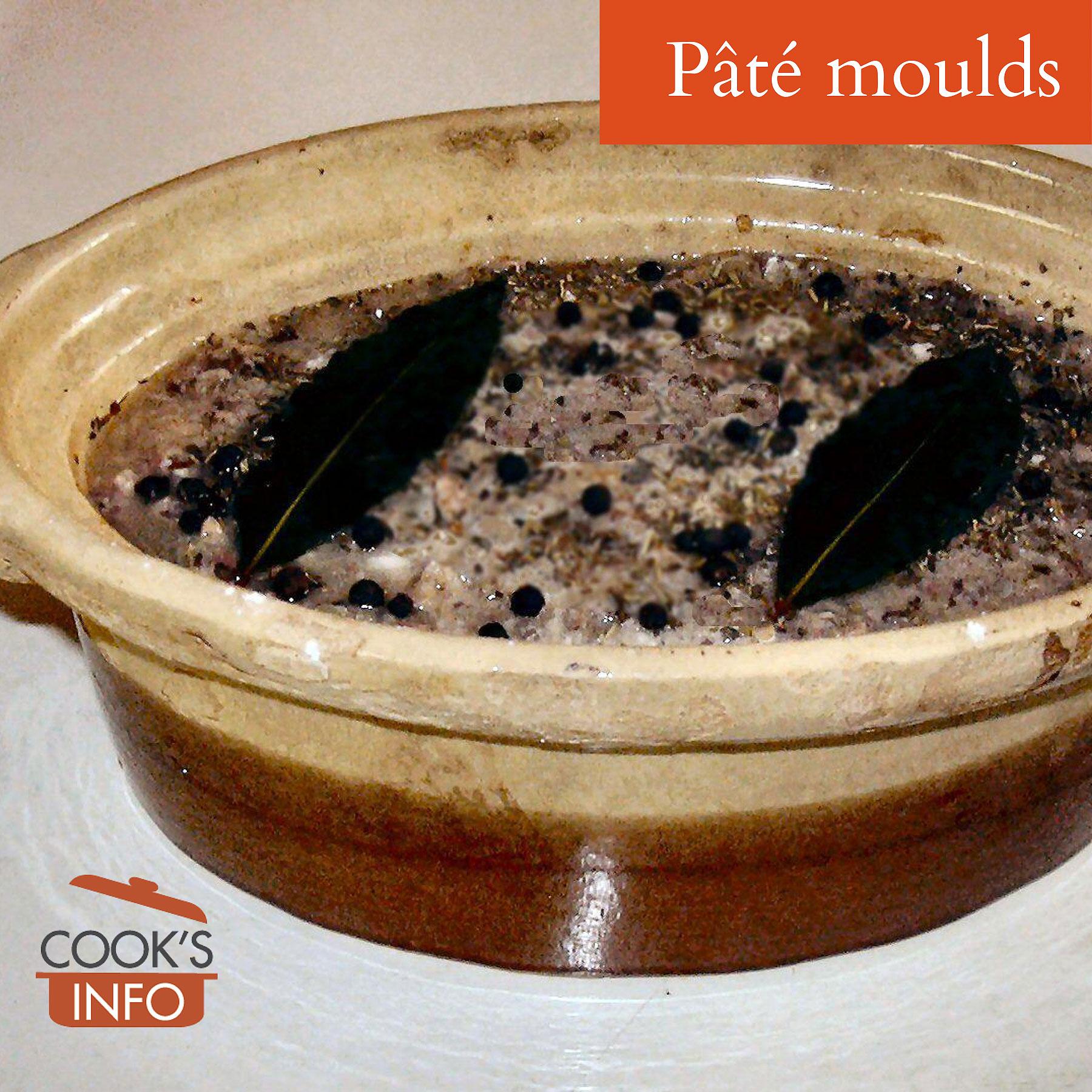 Pâté in an earthenware mould