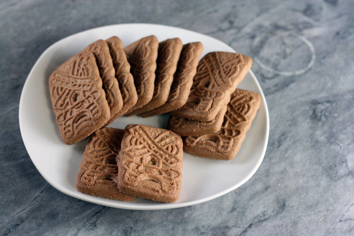 Speculaas shaped like a windmill