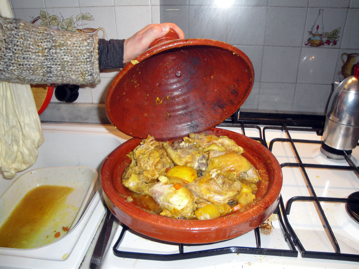 Tagine with food
