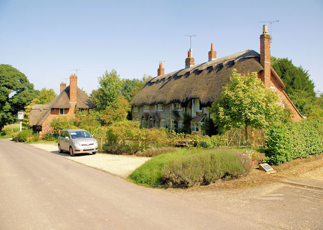 Tichborne Village Cottages and the Tichborne Arms