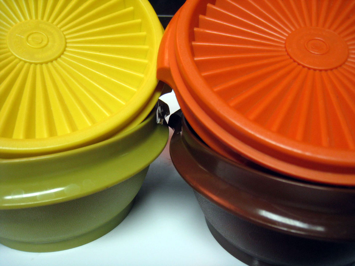 Tupperware harvest colours