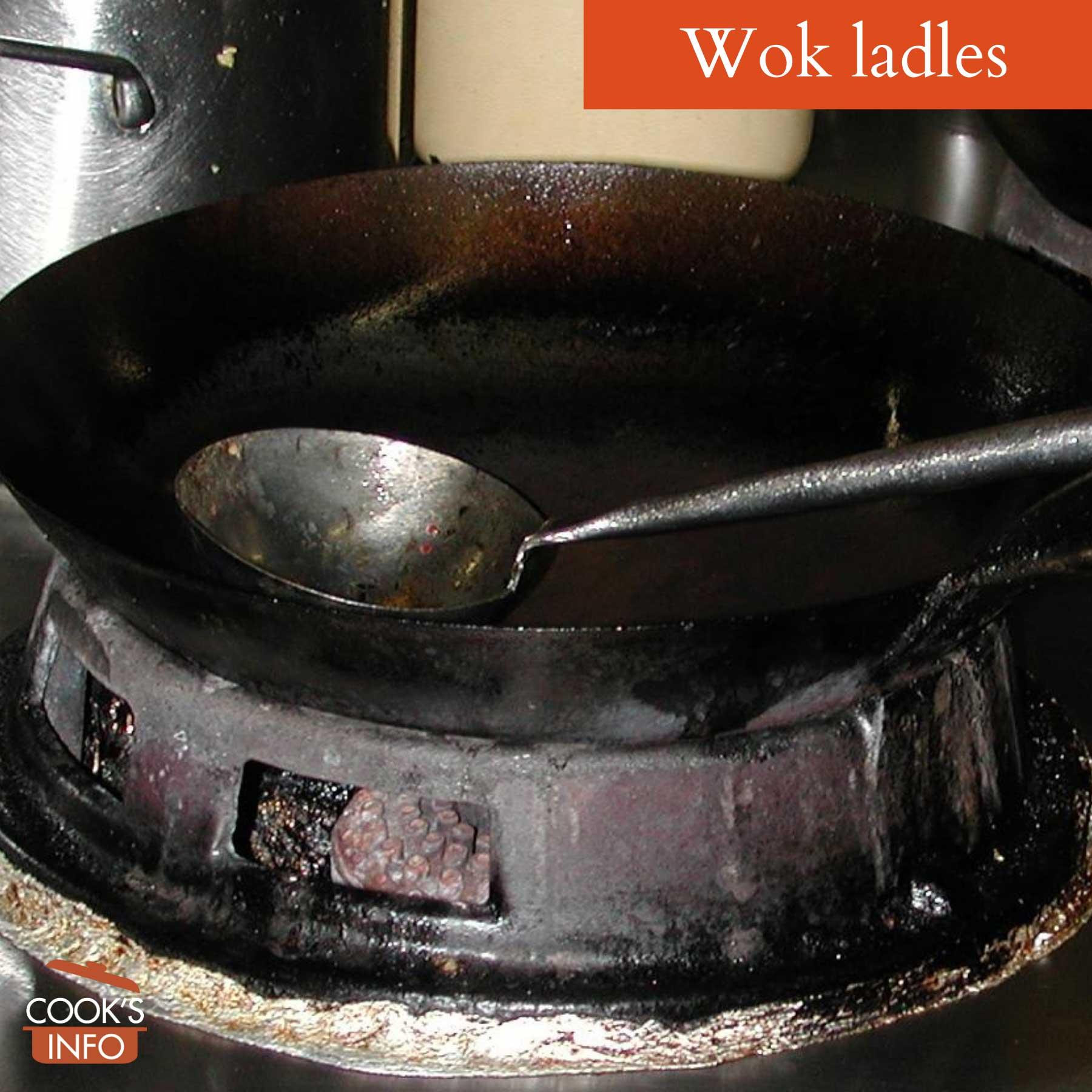 Wok ladle