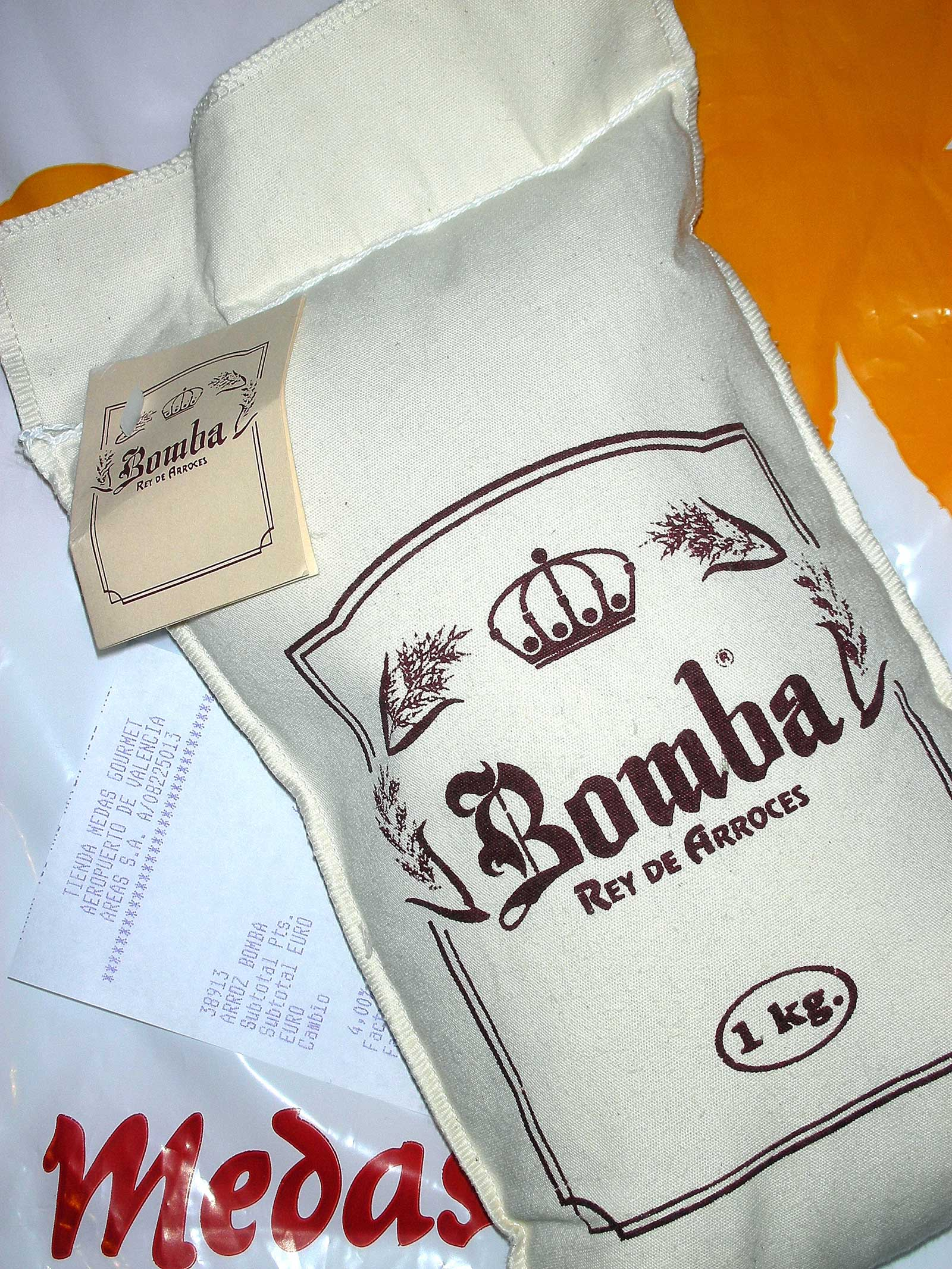 Bomba rice in bag