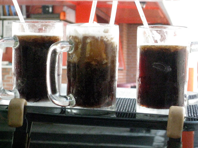 Classic root beer mugs