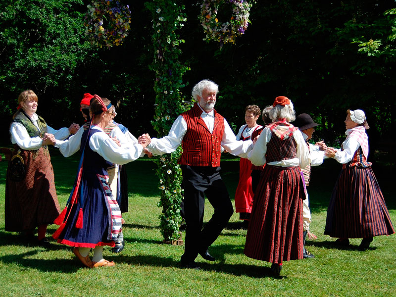 Midsummer Eve Folk Dancing