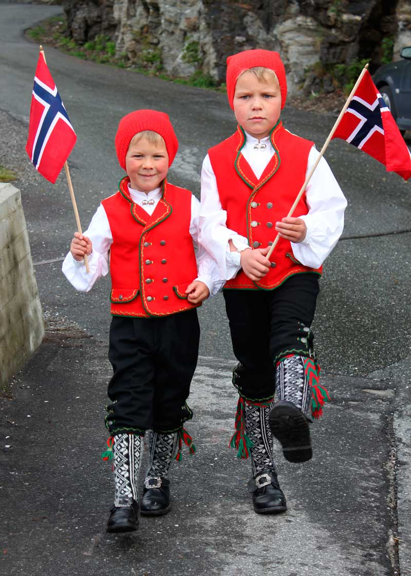 Children dressed for Constitution Day