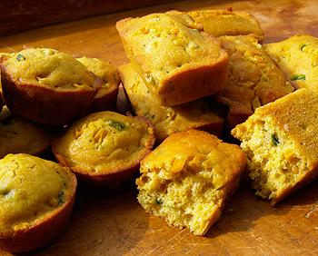 Southwestern Buttermilk and Chile Cornmeal Muffins