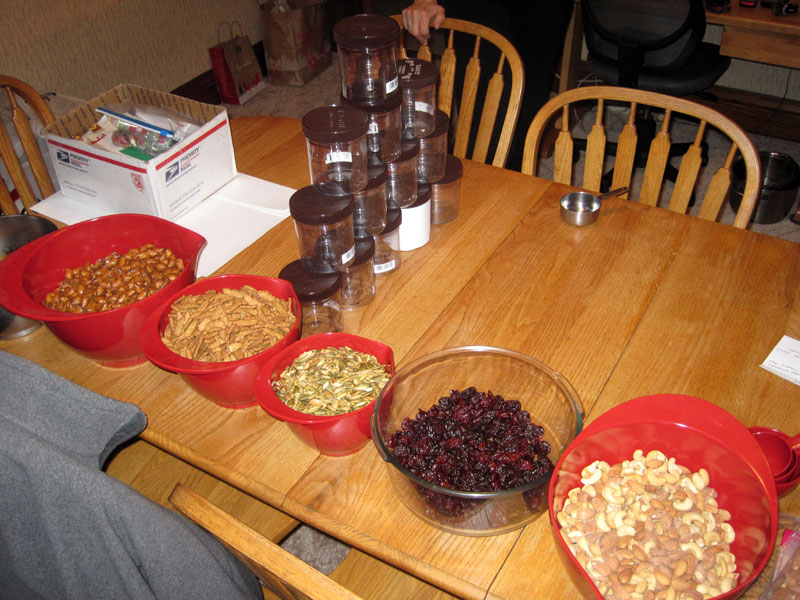Trail mix assembly at home