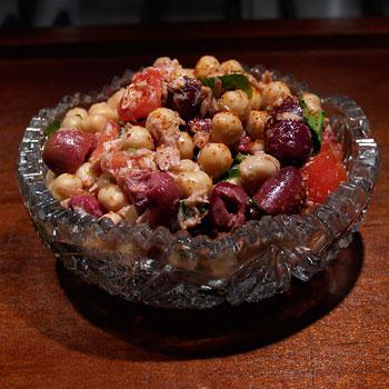 Tuna and Chickpea Salad Recipe