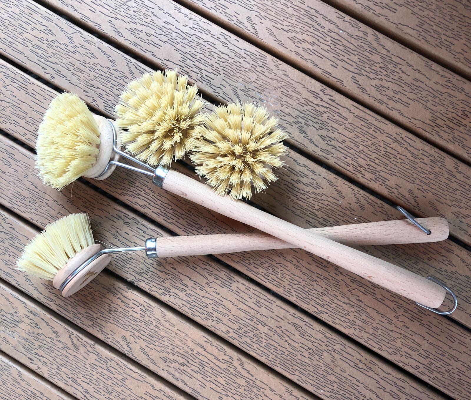 Washing up brushes made of wood.