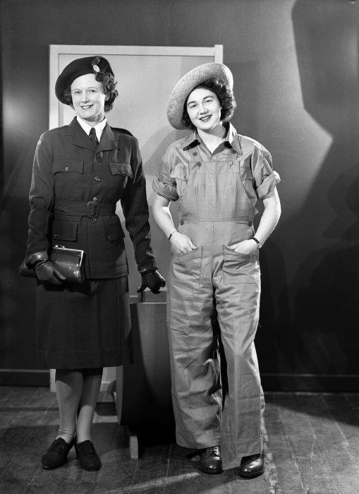 Women wearing Women's Land Service uniforms, circa 1942.